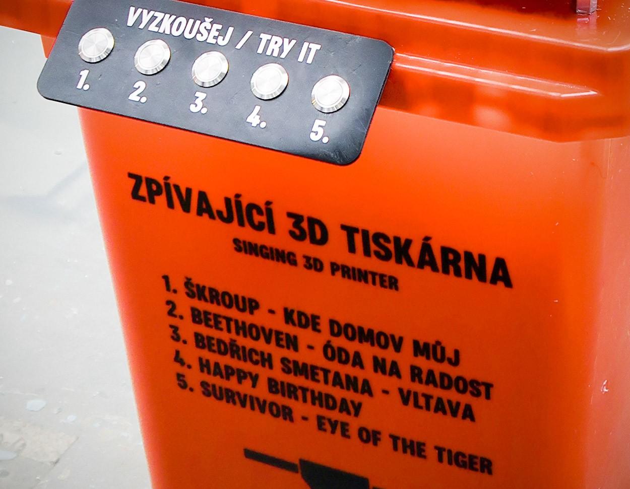 3D_tiskarna_trideni_odpadu_plast