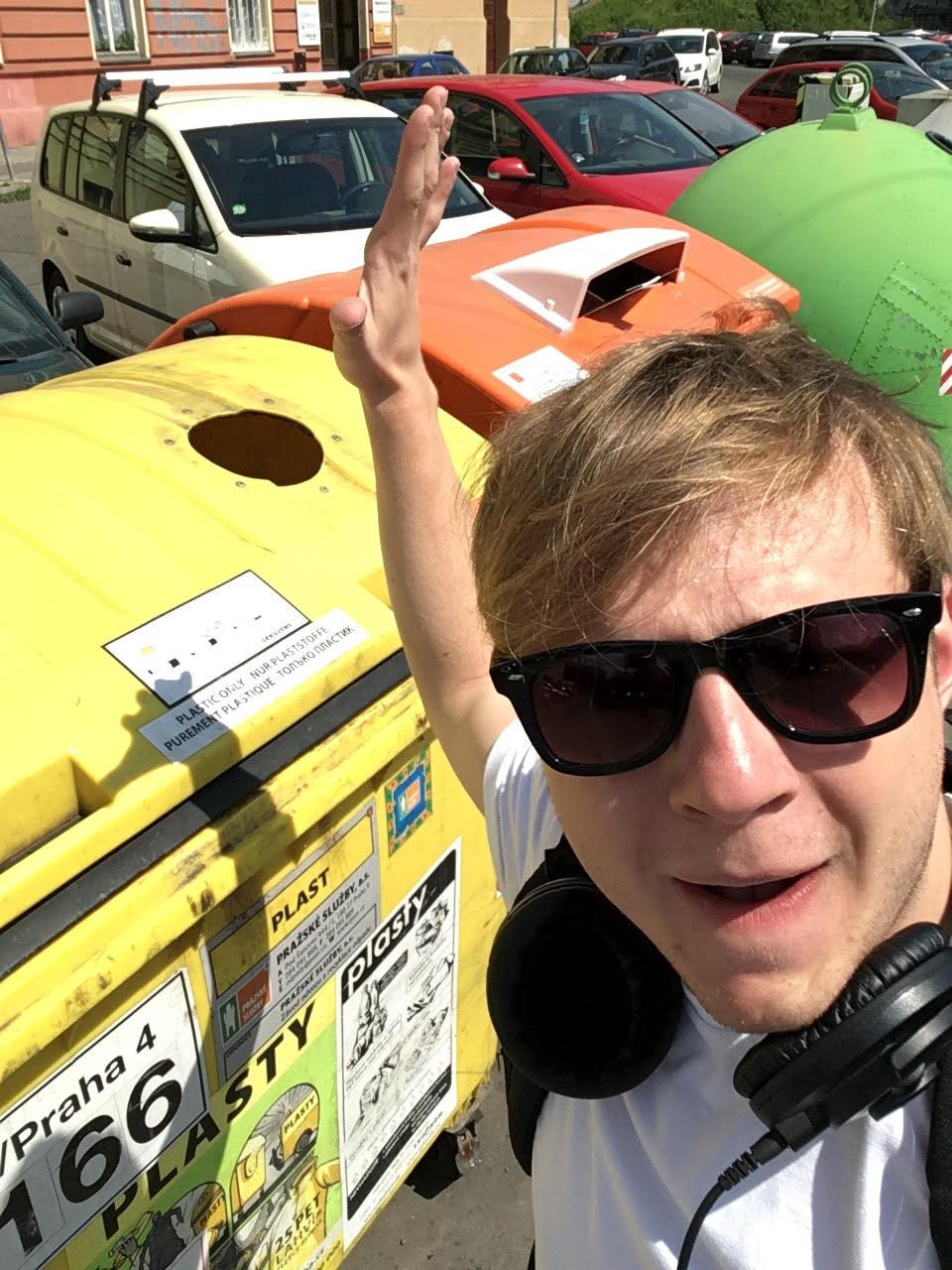 trideni_odpadu_thom_artway_kontejnery_plast_napojove_kartony