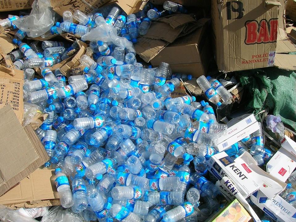 pet_lahve_odpad_plast