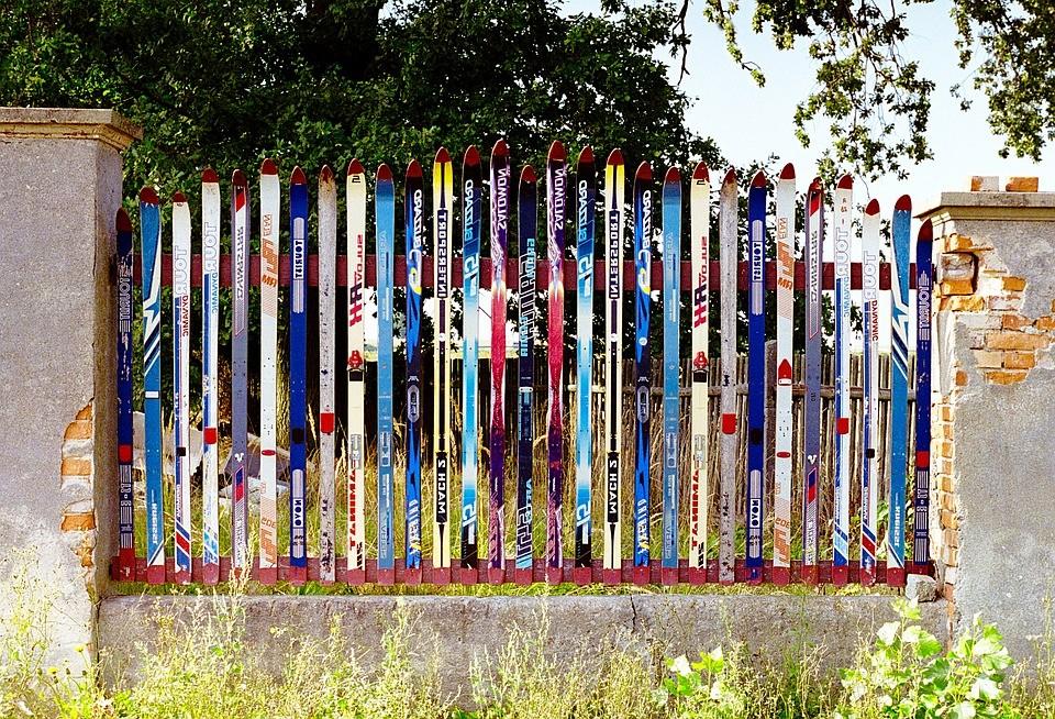 plastovy_plot_recyklace_samosebou