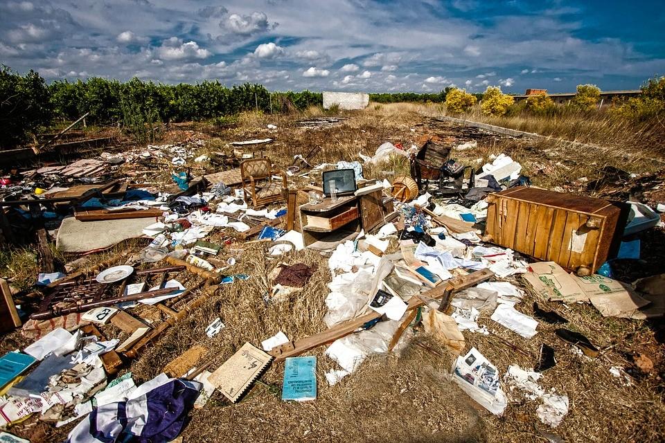skladka_odpad_obchodovani_s_odpadem_cina