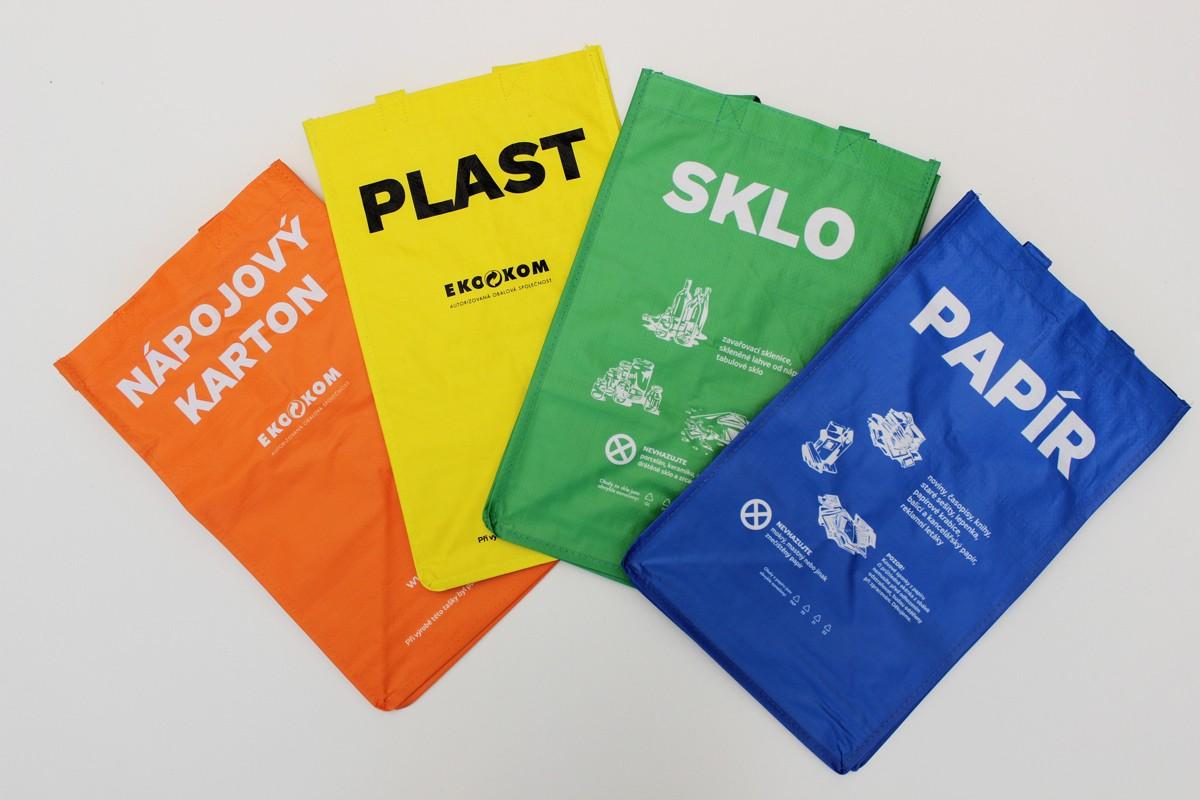 trideni_tridici_taska_tasky_plast_papir_sklo_napojovy_karton