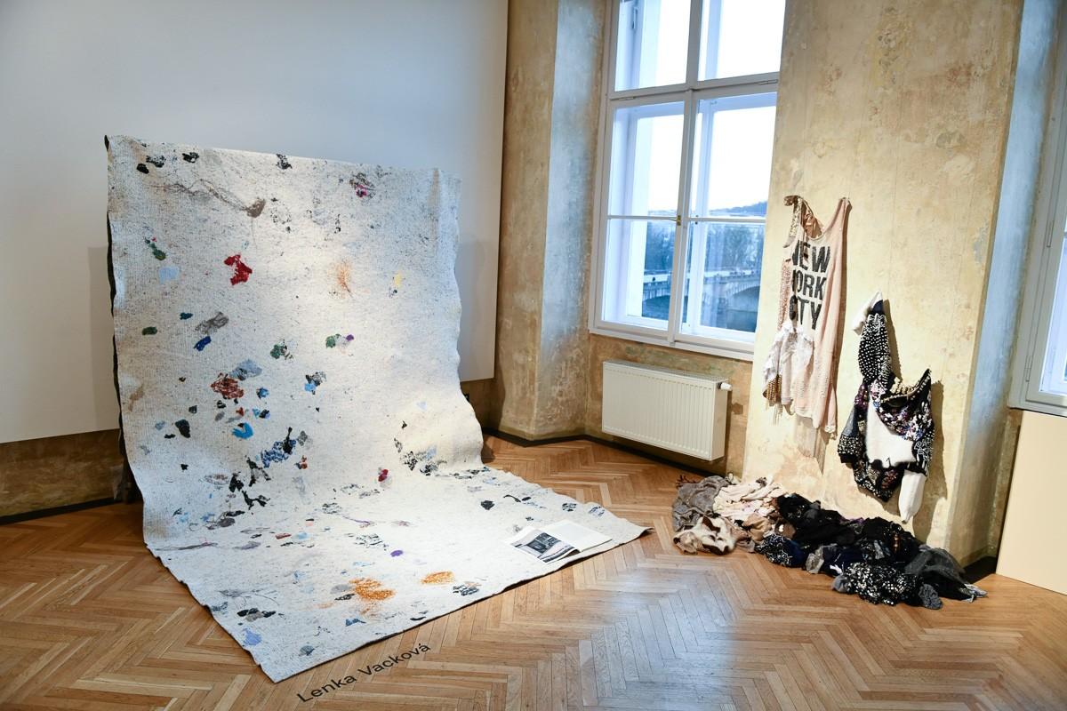 vystava_moda_recyklovany_material_czechdesigns