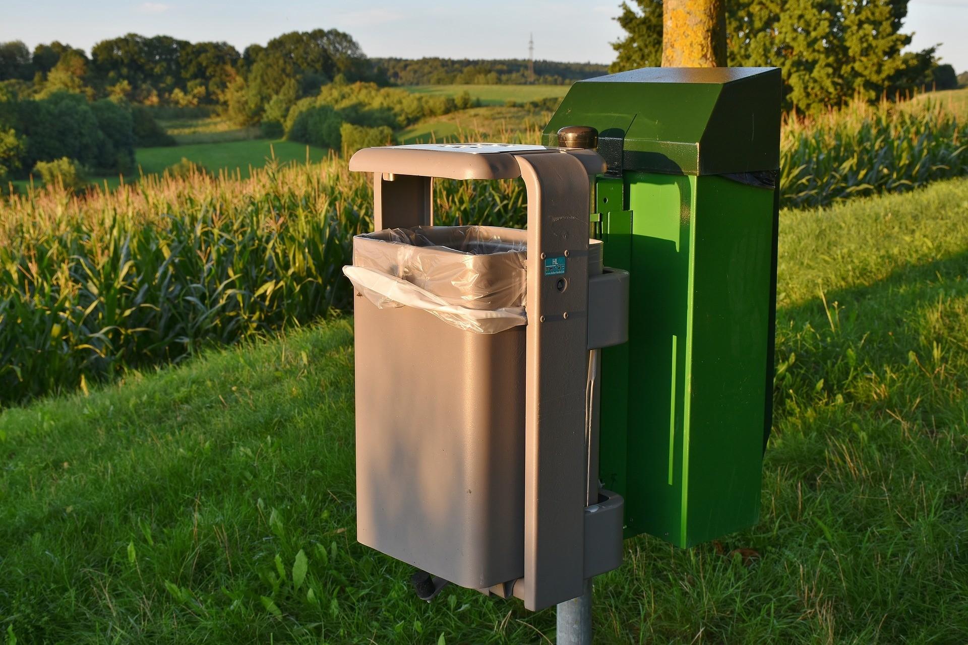 odpadkovy_kos_recyklace_recyklovany_plast_trideni_odpad