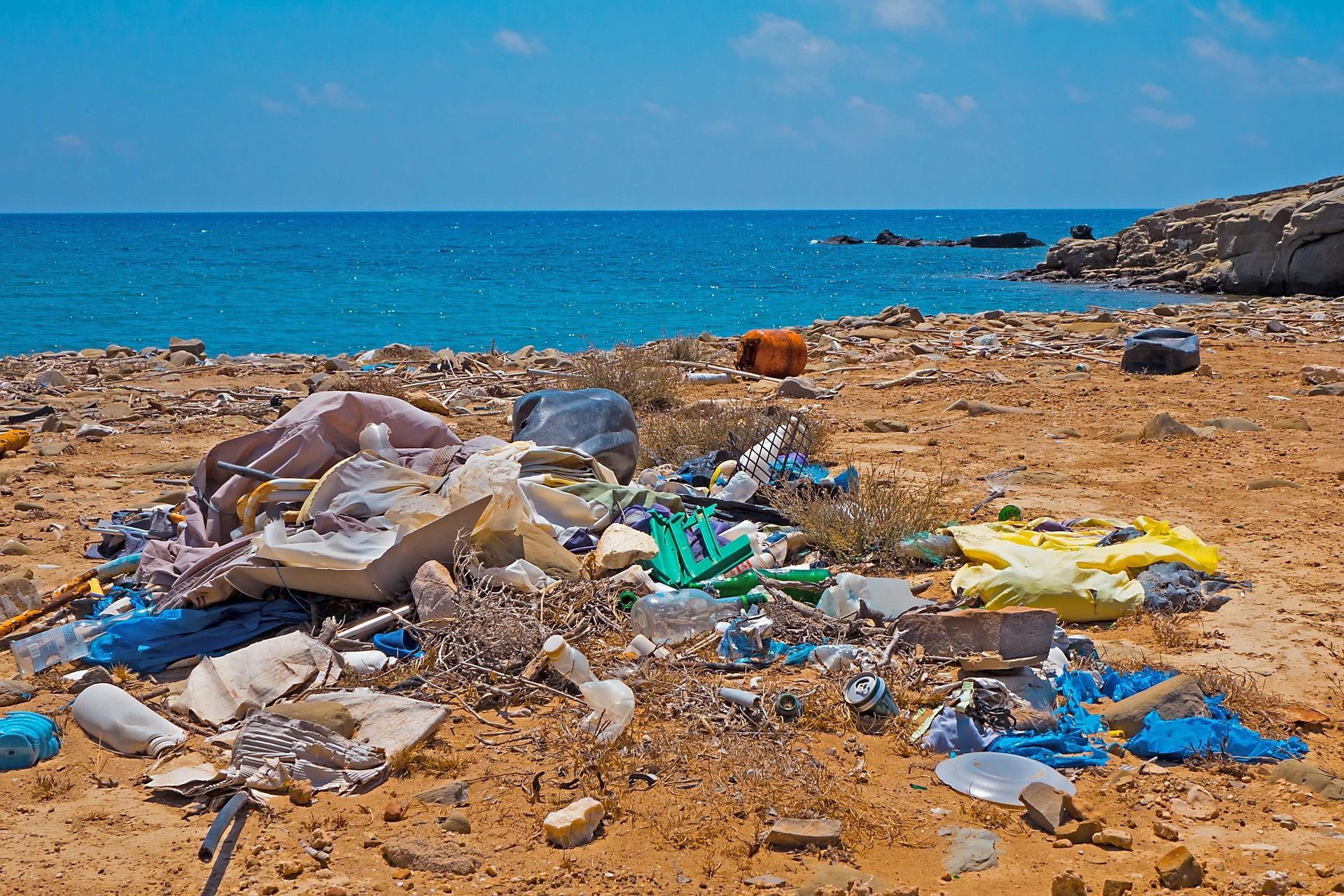 ekonovinky_srpen_odpad_plast