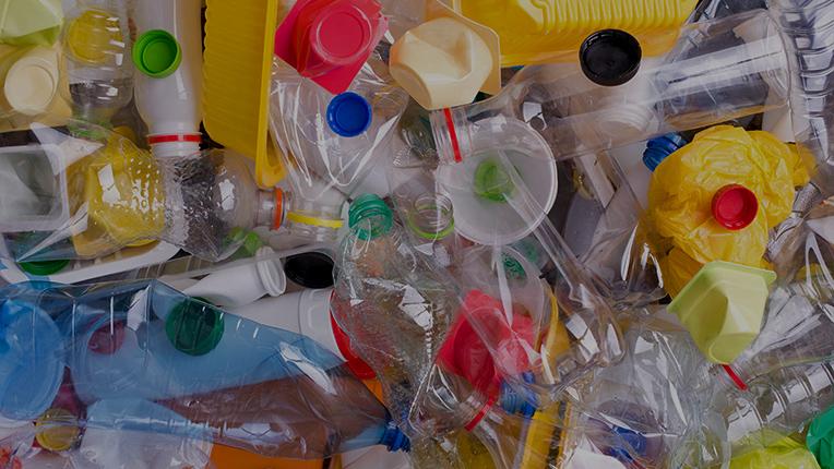 plast_pribeh_plastu_pet
