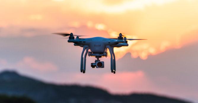 dron_kamera_obloha_ekonovinky