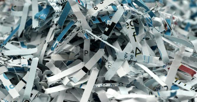 papir_ze_skartovacky_papirovy_odpad_kancelarsky_odpad