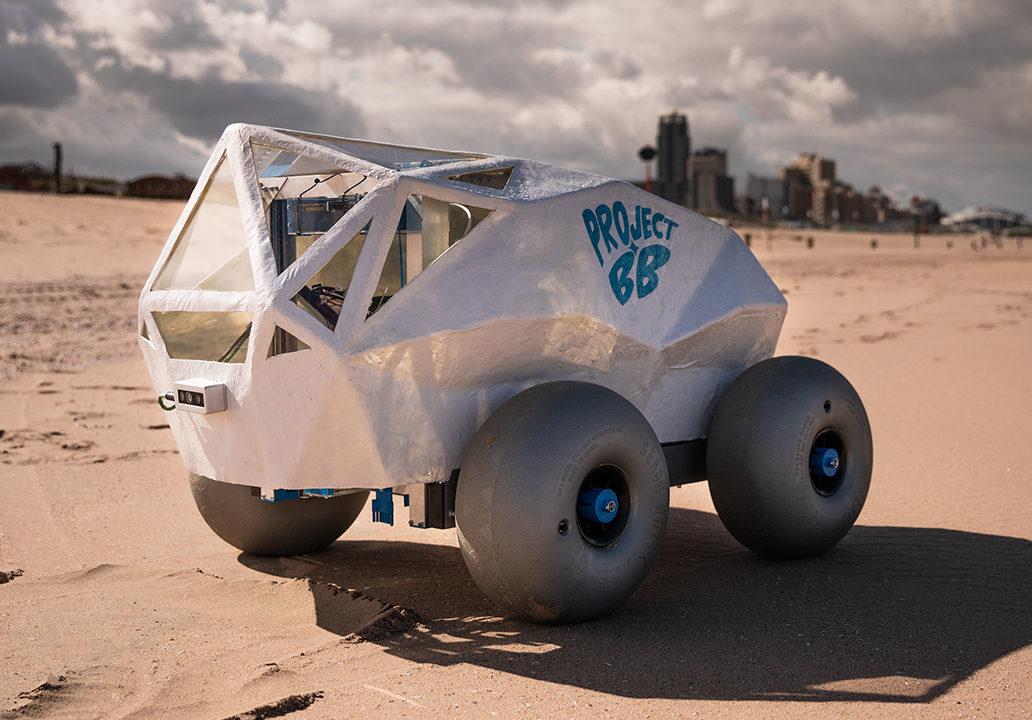 beach_bot_robot_uklizi_plaz